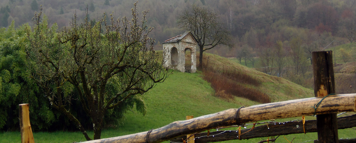 Votive aedicule in Sossai hamlet (Photo Marta Azzalini)