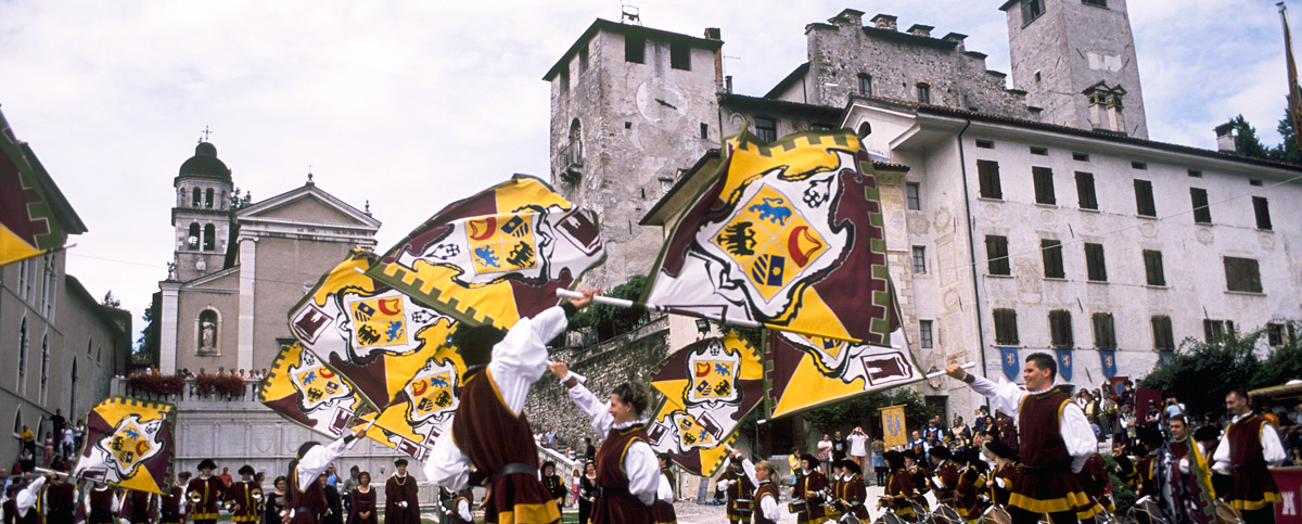 Feltre, palio - flag-flyers